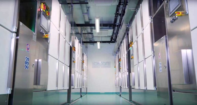 View of CO.DON lab with Comecer Flexycult docking stations