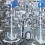 Potent API Processing Isolator - Integrated reactors